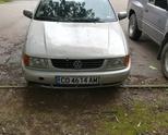 Продавам Volkswagen Polo