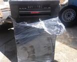 Продавам цяла черна съдомиялна машина Elektrolux, зa 9 комплекта клас А+. ВИСОКА 85, ШИРОКА 45, ДЪЛБ