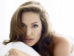 Анджелина Джоли е бременна