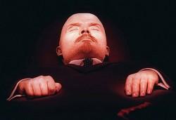 Вадят мумията на Ленин от мавзолея