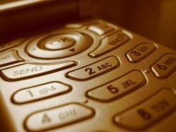 Мобилните телефони са по-опасни за здравето от тютюнопушенето