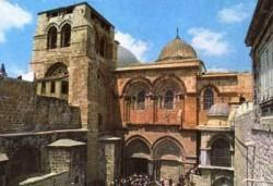 Отец Борис ще донесе Благодатния огън за Великден в Ботевград