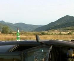 Ауди се преобърна на пътя Ботевград-Литаково. Шофьорът се върна на местопроизшествието пиян