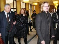 Русия и МВР вдигат ръце! Оставят шофирането на съвестта на Стависки