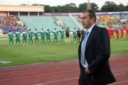 Стоилов заминава на стаж в Англия