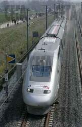 Влак-стрела ще минава през Ботевград до 2017 г.