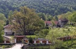 Ще строят хотел до манастира във Врачеш
