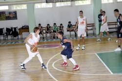 """Резултати от ученическата  баскетболна лига """"Овергаз"""" в Ботевград"""