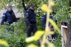 Две групи отвличат в София