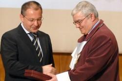 Станишев се обяви срещу задължителното гласуване