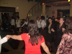 """Лекарите от доболничната помощ празнуваха снощи в """"Нобилис"""""""