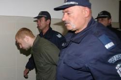 """Задържаният за двойното убийство пред """"Соло"""" остава в ареста"""