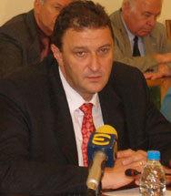 Близо 800 млн. лв. инвестират в летищата Бургас и Варна