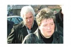 Съдът разреши на Белнейски пълното осиновяване на Мария