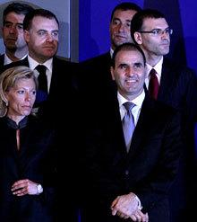 Борисов вика министрите на извънредно заседание