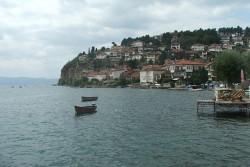 Претоварване и скъсано въже обърнали кораба в Охрид