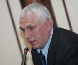 Симеон Варчев: Пини е ясен. Папазов, престани да тормозиш хората