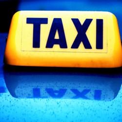 Предлагат пределната цена на таксиметровата услуга да се определя от общините