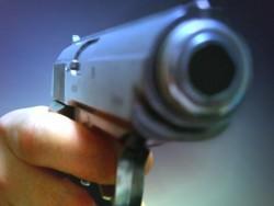 Агресивен старец простреля двама съседи. Причината - 3 квадратни метра двор