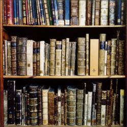 Мъж върна книги след половин век
