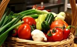 Цените на някои зеленчуци поскъпват, отчитат от Държавната комисия по стоковите борси и тържищата