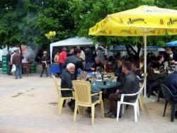 Въпросът дали да има пазар и скари на Разпети петък трябва бъде подложен на обществено обсъждане, според кмета