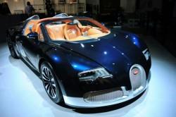 Bugatti показа три уникални модела на изложението в Дубай