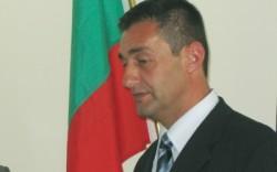 Министър Свилен Нейков зарадва с 4 бона домове за сираци. Два от тях са в Софийска област