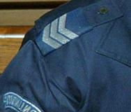 Раниха двама полицаи при опит за проверка на кола