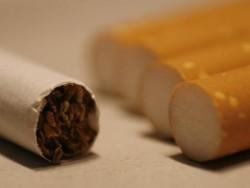 ГЕРБ предлага по-либерален режим за пушене на обществени места