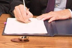 Съдиите се оплакаха писмено на Борисов от Цветан Цветанов