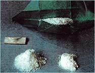 Задържаха българи с 60 кг. кокаин в Англия