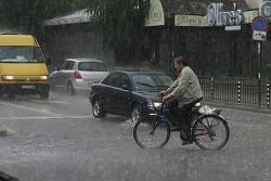 С 300% над нормата са били валежите у нас през юли