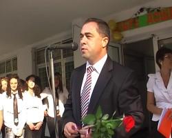 Областният управител поздрави учиници и  учители по случай първия учебен ден