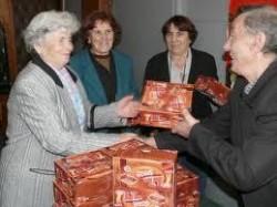 Социално слабите в Ботевград получиха по 38 кг хранителни продукти от запасите на ЕС