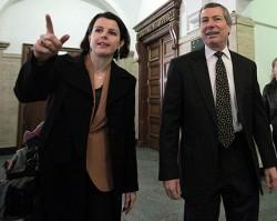 Уорлик натисна главния прокурор