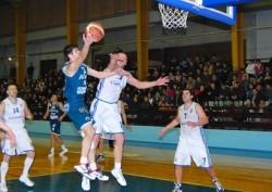 Станимир Маринов в идеалната петица на кръга