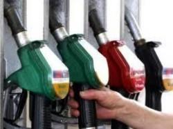 КЗК ще проучва пазарите за производство на бензин и дизелово гориво