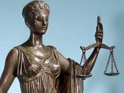 Административният съд отмени решение на ОбС