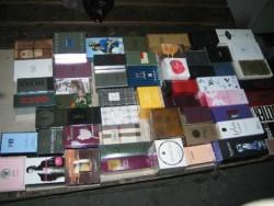 Разбиха група за продажба на нелегални парфюми