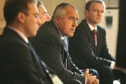 Много искам да вдигна заплати и пенсии, призна Борисов