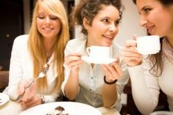 Жените предпочитат приятелките пред съпрузите си