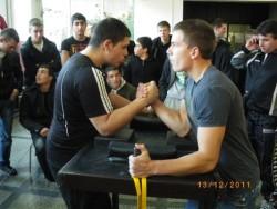Румен Миков е абсолютният шампион по канадска борба на ПГТМ