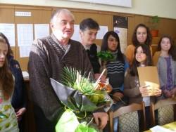 """Цанка Данчева – дългогодишен учител: """"Учителската професия е неблагодарна, но за сметка на това натрупаните години не се усещат"""