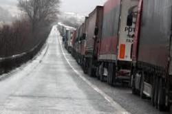 ТИР-овете са спрени на магистралата