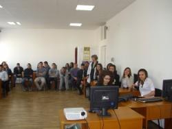 """33-ма ученици от ПГТМ """"Христо Ботев"""" участват в инициативата """"Мениджър за един ден"""""""