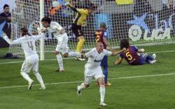 Реал надигра Барселона на Камп Ноу и докосва титлата
