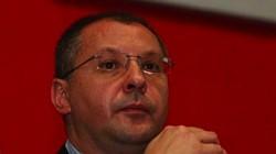 Станишев: ГЕРБ яде и смуче от настоящето на българите