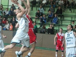 Юношите на Балкан се класираха за финалния турнир