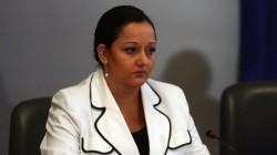Лиляна Павлова иска задължителна застраховка на сградите